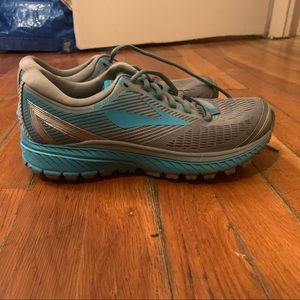 Brooks Womens 8 Ghost-10 Grey Blue Running Shoes